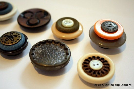 button magnets, crafts with buttons, vintage buttons