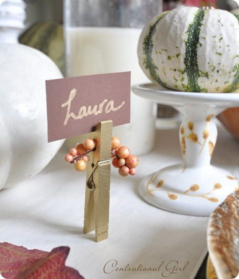 Top 10 tuesday thanksgiving table top decor taryn whiteaker for Diy thanksgiving table place cards