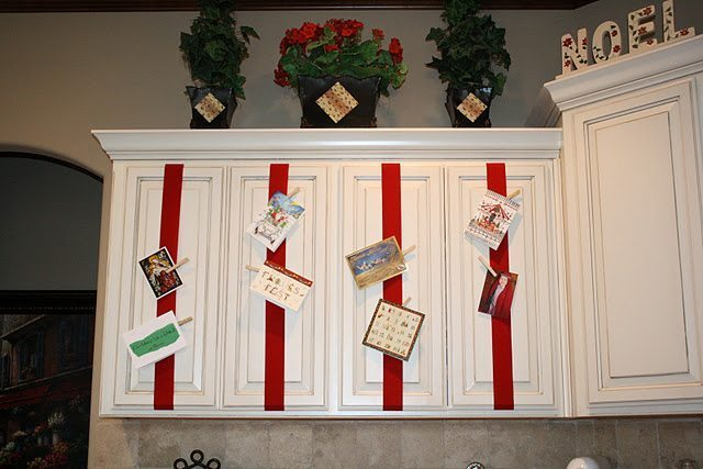 top 10 tuesday 13 creative ways to display christmas