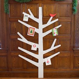 Top 10 Tuesday {13}: Creative Ways to Display Christmas Cards