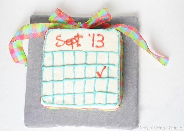 Pregnancy Reveal Cake by Design, Dining + Diapers