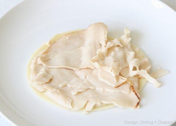 Easy Snack: Hummus Turkey Wraps at designdininganddiapers.com
