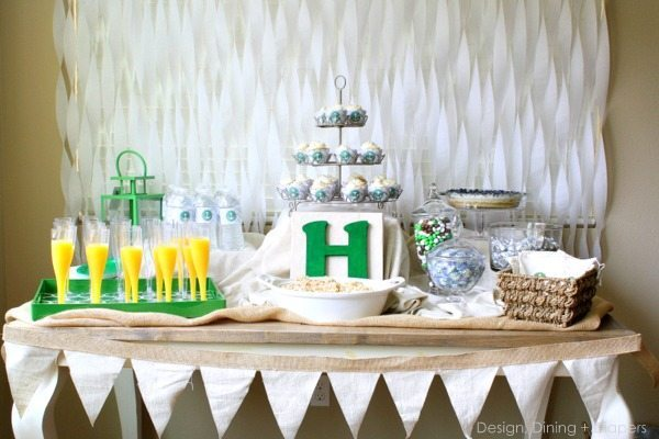 Gender Neutral Baby Shower With Pops of Emerald via @tarynatddd