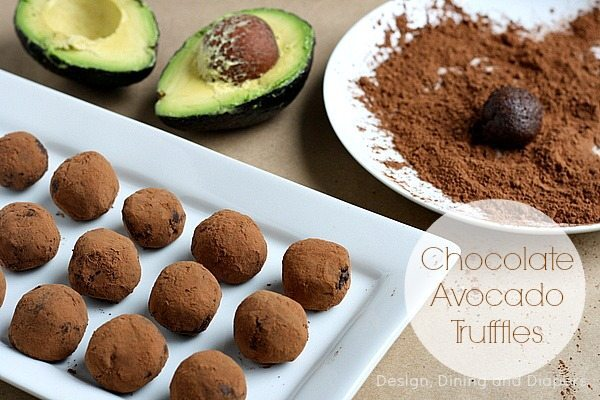 4 Ingredient Chocolate Avocado Truffles via @tarynatddd