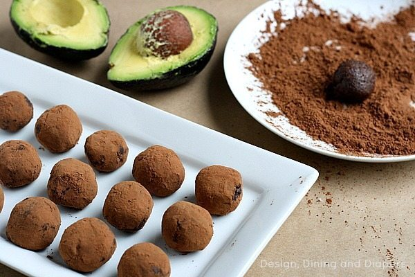 Chocolate Avocado Truffles via @tarynatddd