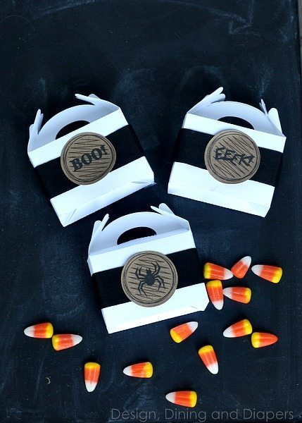 DIY Halloween Favors via @tarynatddd