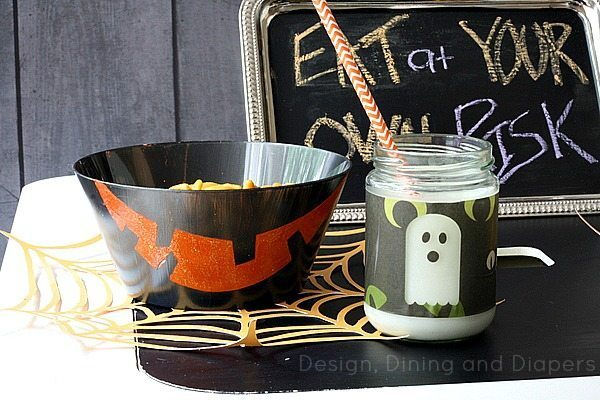 Several tutorials on how to make cute kids halloween table decorations via @tarynatddd