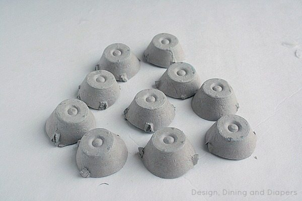 Egg Carton Spiders via @tarynatddd