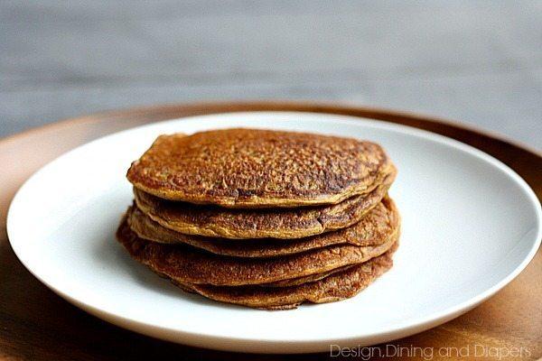 Gluten-free, Vegan Pumpkin Pancakes via @tarynatddd