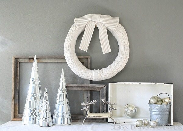 Sweather Wreath Tutorial via @tarynatddd