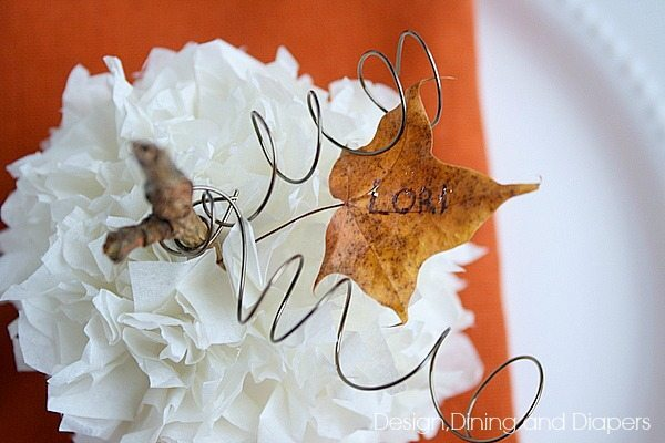 Tissue Paper Pumpkin Place Card Idea via @tarynatddd
