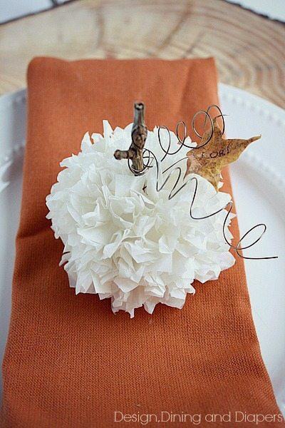 Tissue Paper Pumpkin Place Card via @tarynatddd