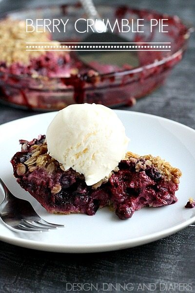 Berry Crumble Pie- Gotta try this. I love a pie with a pat in crust!
