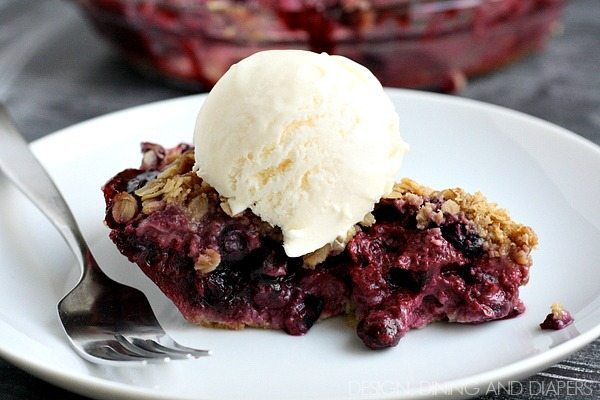 Berry Crumble Pie-this looks so good and easy too. I love a pat in crust.