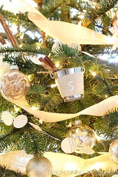 Mini Bucket Pail Ornaments with cinnamon sticks! via @tarynatddd