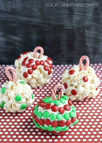 Christmas Treats! Ornament Popcorn Balls via @tarynatddd