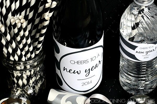 FREE New Years Beverage Printables! Fun for all ages! via @tarynatddd