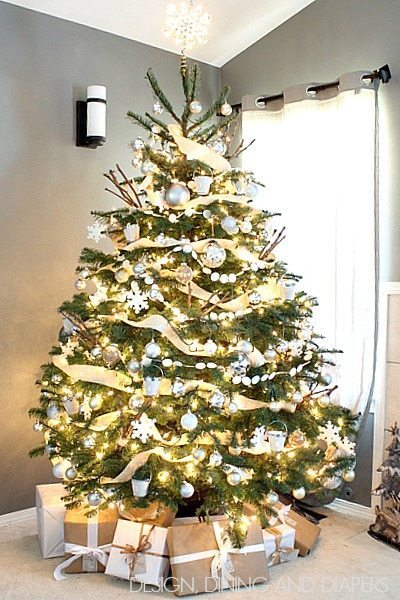 Neutral Tree with rustic accents