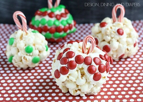 Popcorn Ornaments! What a fun activity to do with kids via @tarynatddd