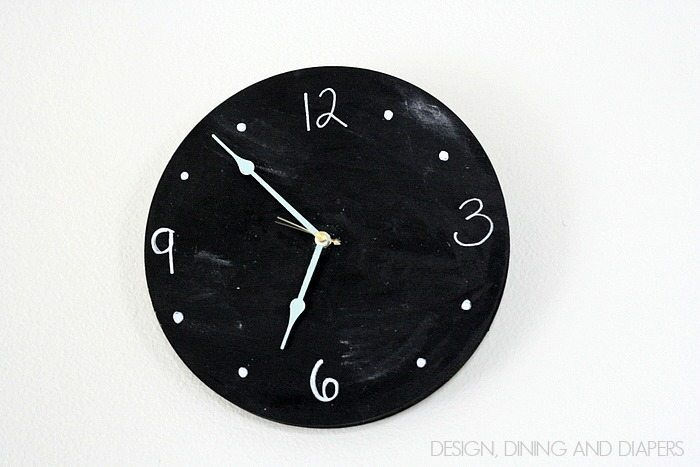 Chalkboard Clock! So fun, this looks super easy to make. Great for a kid's room. via designidninganddiapers.com
