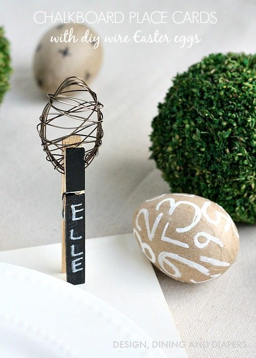 Chalkboard Easter Eggs with DIY Wire Egg Topppers via @Tarynatddd