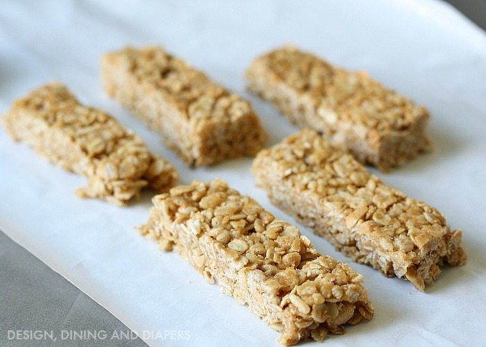 No-bake! Peanut Butter Oatmeal Cereal Bars!