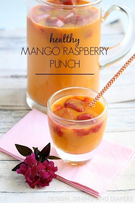 I have such an easy and healthy summer drink recipe to share with you today, a Mango Raspberry Punch with a splash of 7 Up TEN.