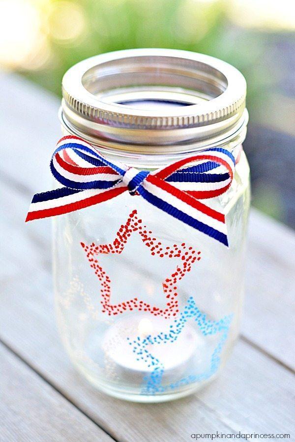 Patriotic-Mason-Jar-Lanterns