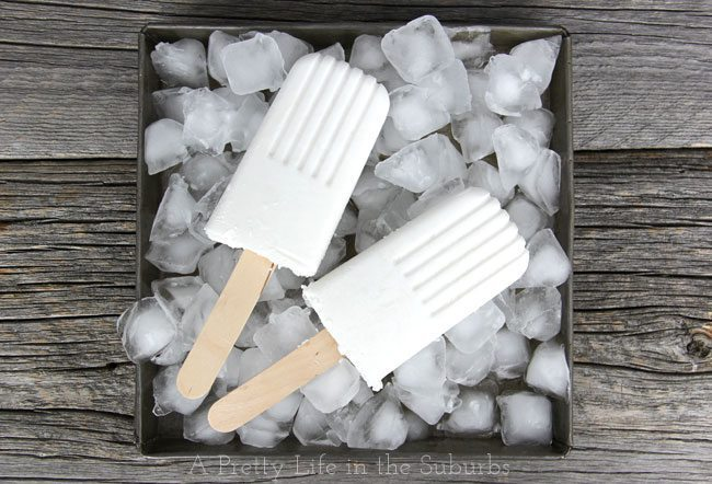 Coconut-Popsicles-2-A-Pretty-Life1