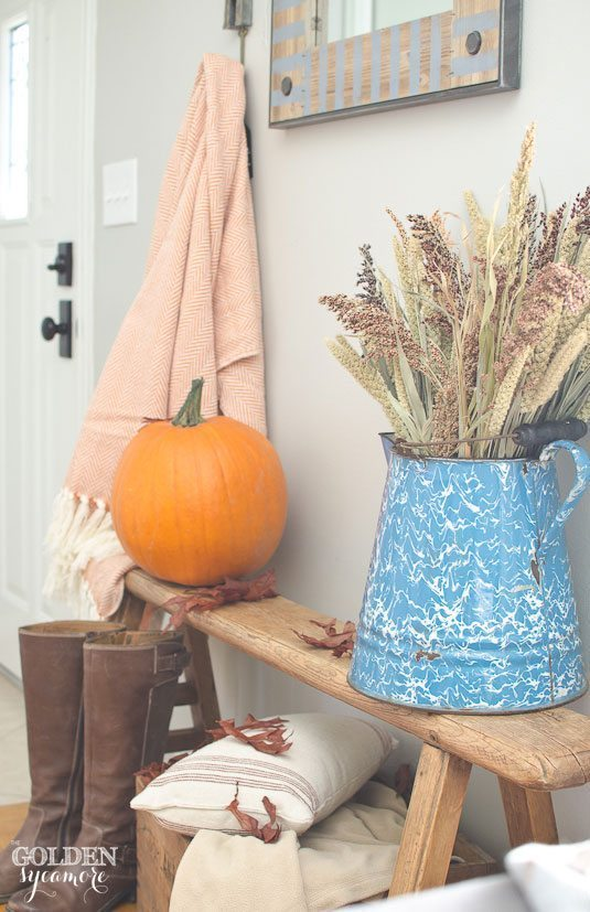 cozy-fall-decor-with-oranges-and-blues