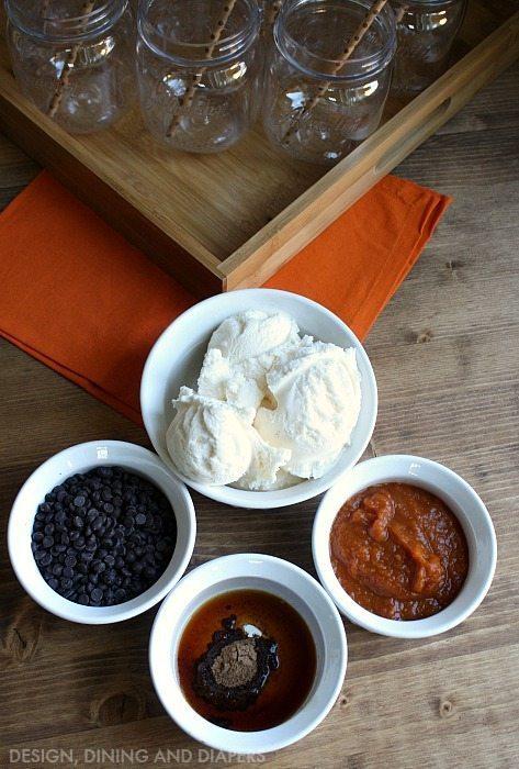 Pumpkin Chocolate Chip Smoothie Ingredients
