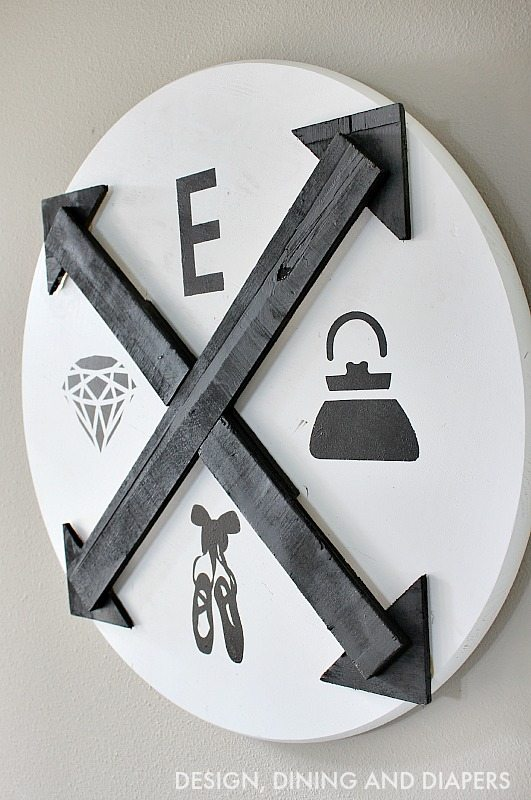DIY Kid's Wall Art Black and White