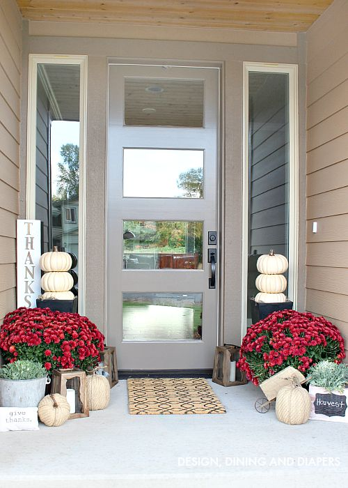 Neutral Fall Porch with Mums