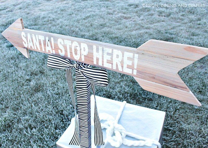 SANTA! STOP HERE SIGN