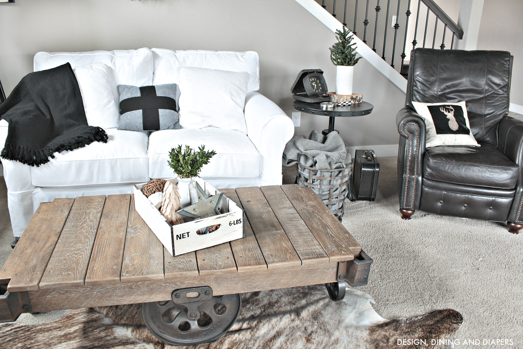 Nordic Christmas Tour - Cart Coffee Table and Swiss Cross Pillow