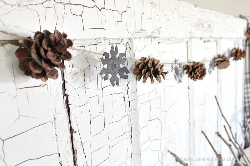 Pinecone and snowflake garland