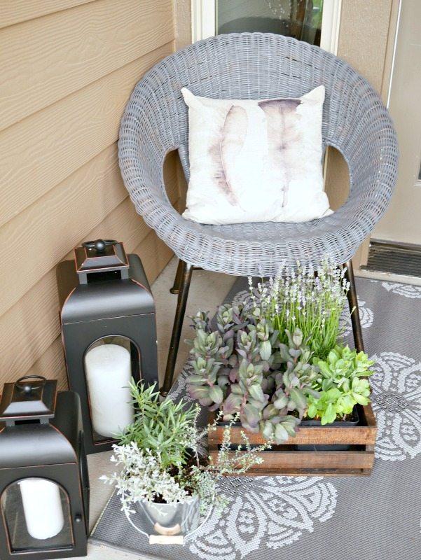 Neutral Summer Porch