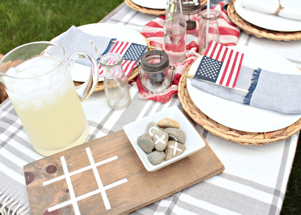 Easy backyard entertaining ideas for Memorial Day weekend and Fourth of July!