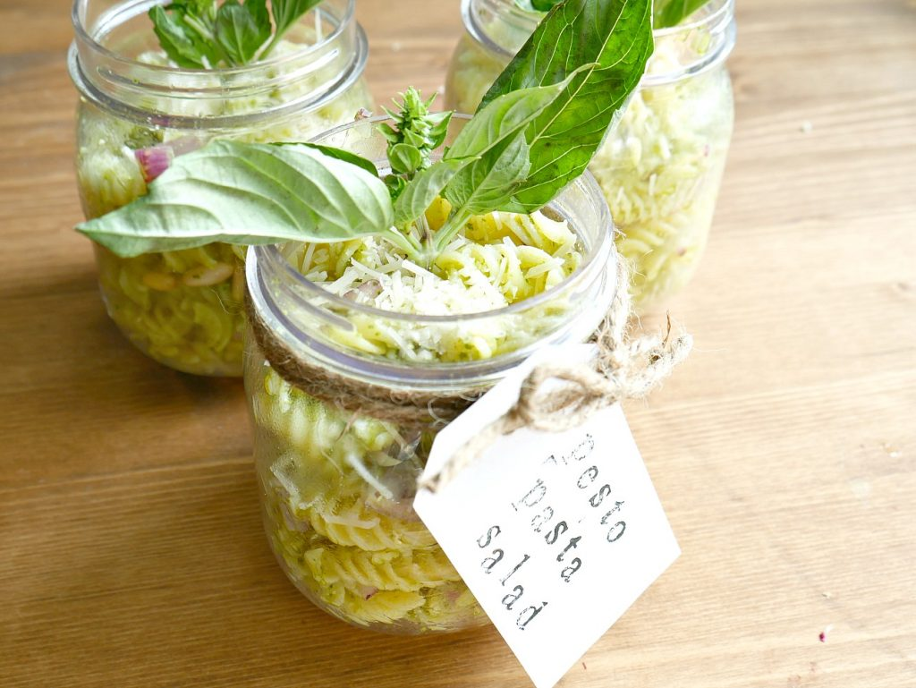 Pesto Pasta Salad In Mason Jars