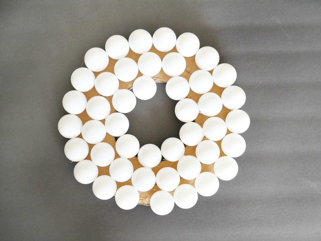 DIY Ping Pong Ball Wreath 5