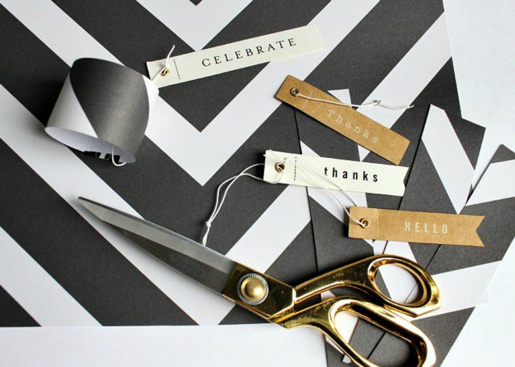 black-and-white-easy-scrap-book-paper-napkin-holders