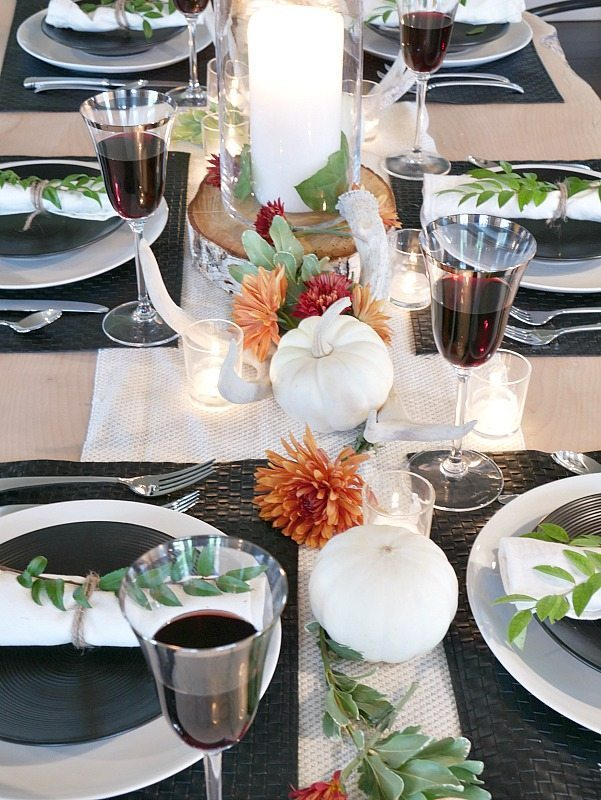 black-and-white-rustic-modern-fall-table-setting