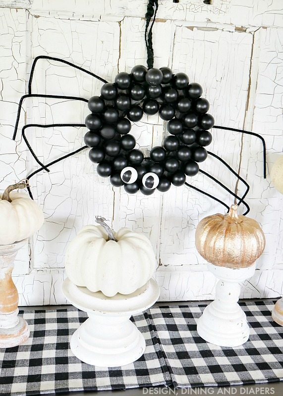 diy-spider-wreath-using-ping-pong-balls-so-cute