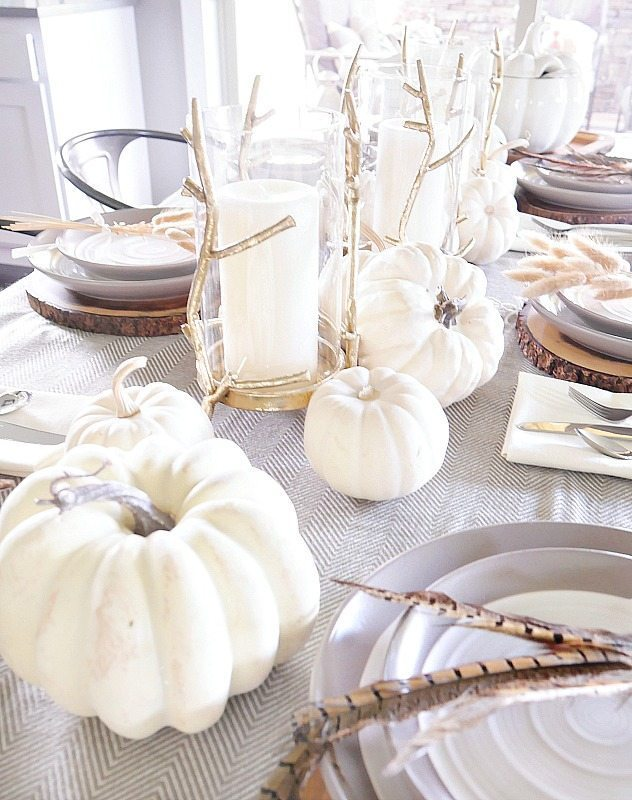 elegant-fall-table-setting-white-pumpkins-and-gold