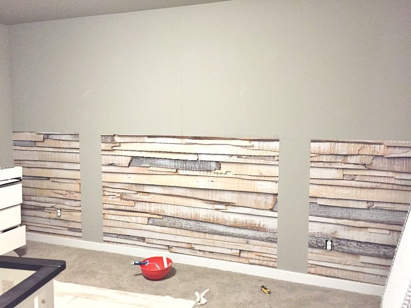 installing-faux-wood-wall-paper