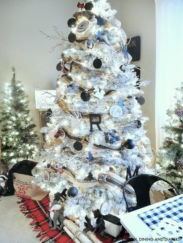 Black and White Woodland Christmas Tree with plaid accents
