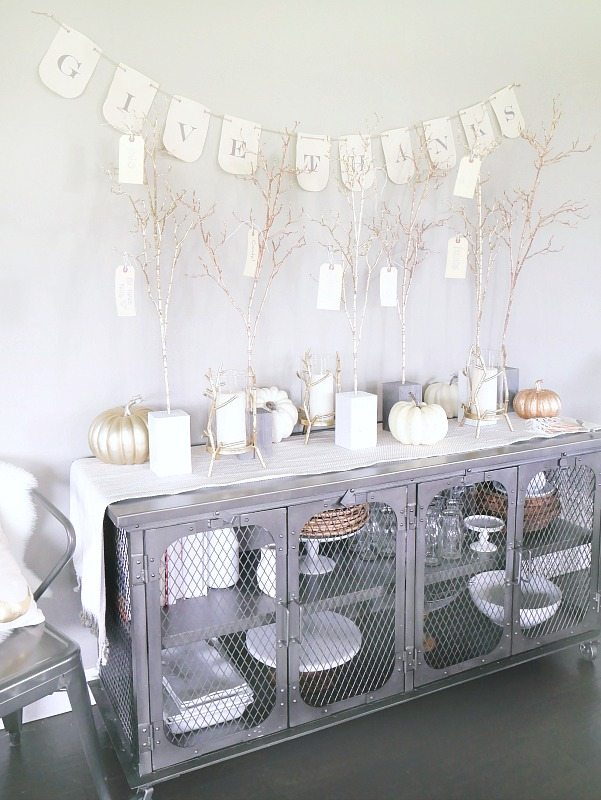 DIY Give Thanks Trees - Beautiful Display for Thanksgiving