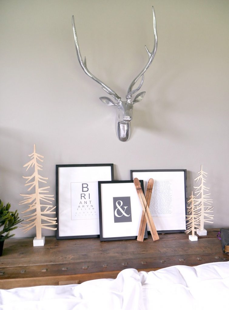 Modern Christmas Living Room Decorations