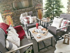 A Very Plaid Christmas Decorating Ideas
