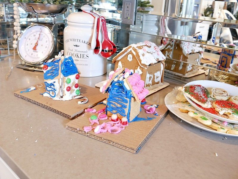 the-real-chezddd-gngingerbread-houses